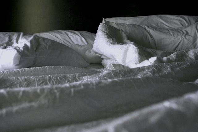 乱れたベッド